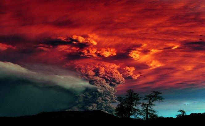 """Pământul """"coace"""" o nouă mega-erupţie? Ce a descoperit un seismolog sub Oceanul Pacific"""