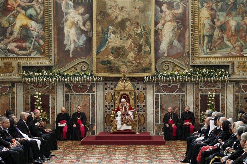 Ce se întâmplă în aceste momente la Vatican, după demisia Papei. Jocurile de culise care vor decide viitorul
