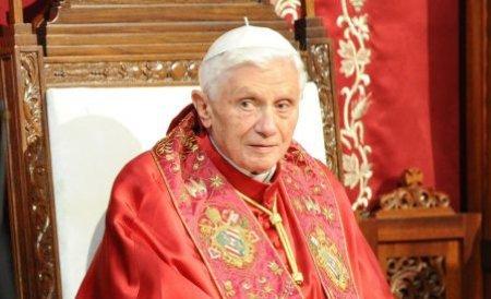 Papa a renunţat la pontificat din cauza problemelor de sănătate