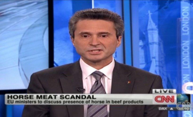 Scandalul cărnii de cal din Marea Britanie: Cum se descurcă ambasadorul român cu explicaţiile în limba engleză