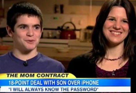 """""""Fără pornografie şi mesaje vulgare"""". I-a dat fiului un iPhone şi 18 REGULI de utilizare"""