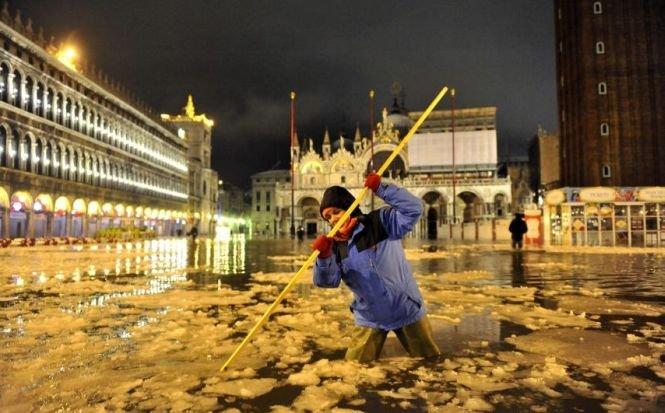 Fenomen spectaculos şi extrem de rar la Veneţia