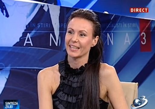 """Monica Petrică, prim-balerina a Operei Naţionale Bucureşti, JURAT la """"România Dansează"""": Dansul este o bucurie a oamenilor"""