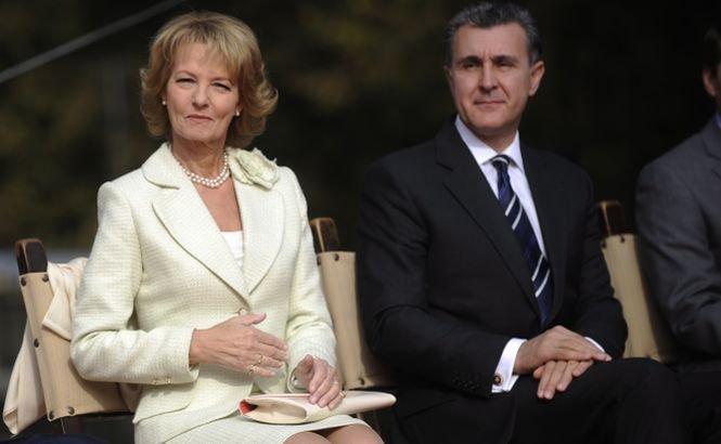Principele Radu şi principesa Margareta, primiţi la Palatul Buckinghan de Regina Elisabeta a II-a