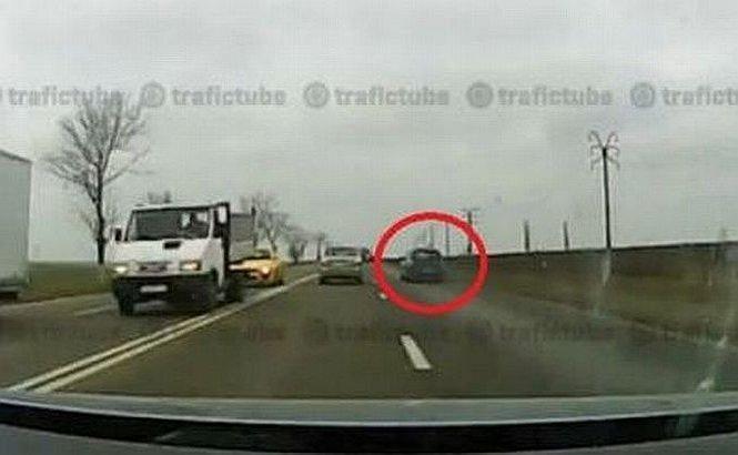 Accident ŞOCANT în drum spre Constanţa. Ce a păţit şoferul teribilist, într-o secundă
