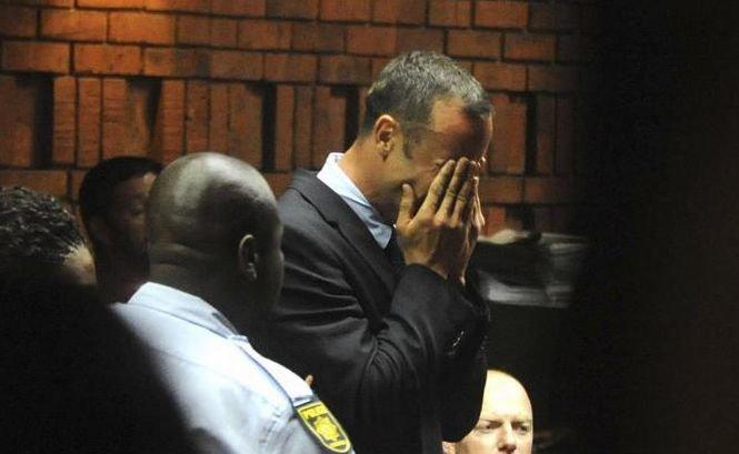 Pistorius a izbucnit în lacrimi la tribunal. Procurorii vor să demonstreze că sportivul a ucis cu premeditare