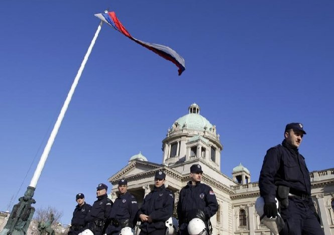 Kosovo sărbătoreşte cinci ani de la proclamarea independenţei faţă de Serbia