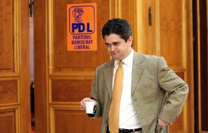 Paleologu: O suculentă vorbă moldovenească spune că 'se bat calicii pe ceaunul gol'. Atenţie la ridicol!