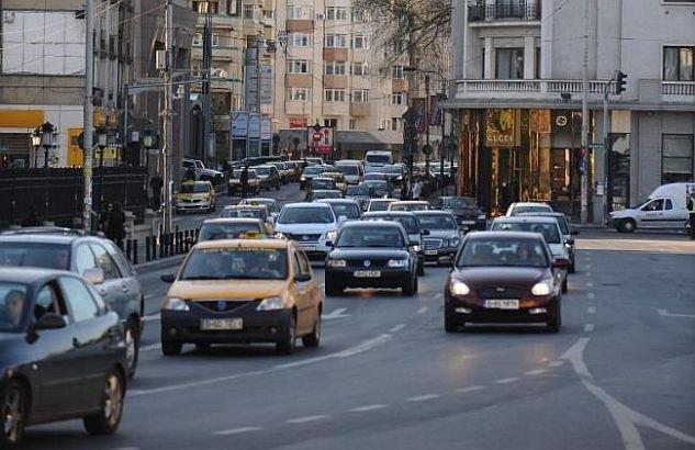 """Astăzi se """"lămureşte"""" chestiunea timbrului de mediu. Noua taxă auto va fi aplicată imediat"""