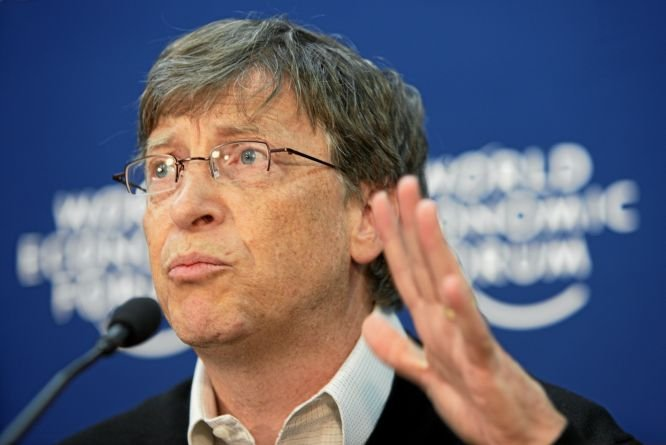 Bill Gates: Strategia Microsoft pentru piaţa mobilă a fost o greşeală evidentă