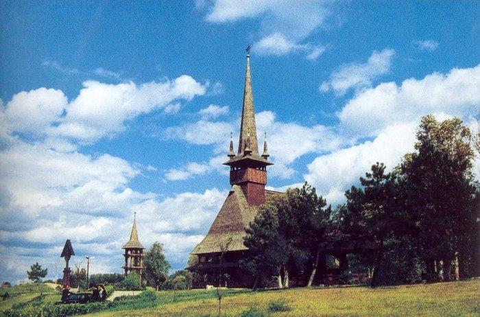 Preot din Constanţa, suspendat după ce A DAT unei asociaţii BISERICA unde slujea