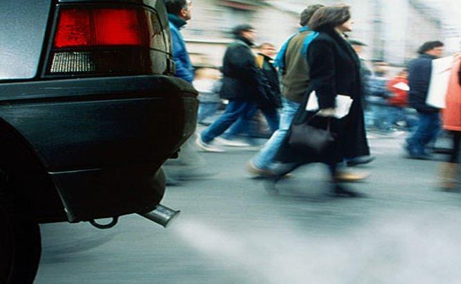 Timbrul de mediu pentru maşini, avizat de Guvern. Vezi când va intra în vigoare