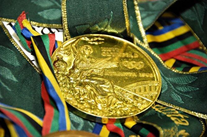 Valentin Iordanov returnează medalia olimpică de aur în semn de protest faţă de excluderea luptelor de la JO