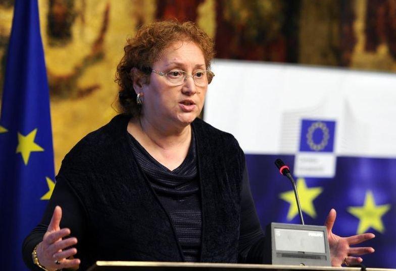Un raport privind libertatea mass-media, iniţiat de Renate Weber, adoptat în Comisia LIBE a Parlamentului European