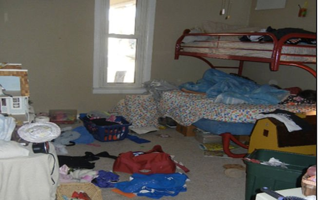 Când expeditorul e o zână. Şi-a convins fiica să-şi facă curat în cameră într-un mod inedit