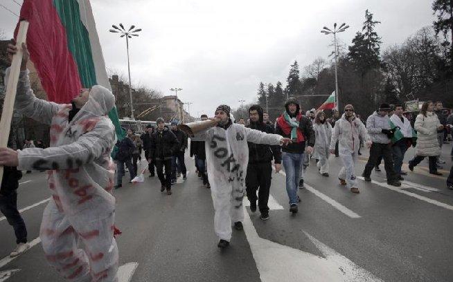 Ungaria. Mii de persoane au manifestat în semn de susţinere a unui post de radio de opoziţie, privat de frecvenţă