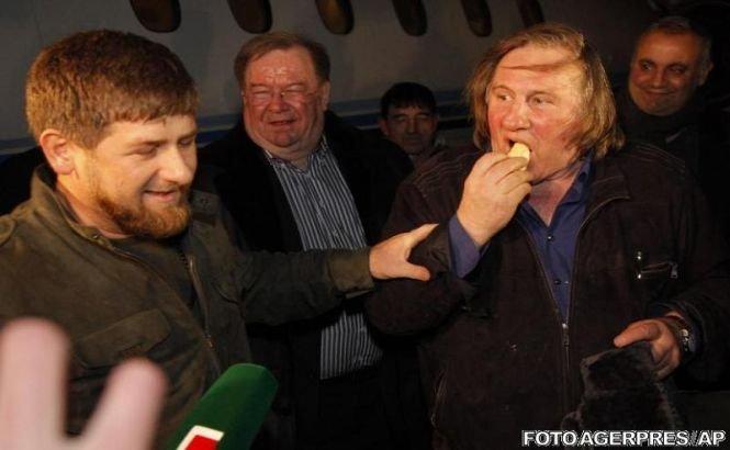 Depardieu a sosit în Cecenia şi a dansat lezghinka