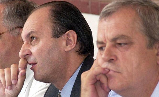 Traian Remeş, în arestul Poliţiei. Foştii miniştri Remeş şi Mureşan, condamnaţi la închisoare cu executare