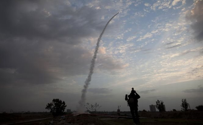 O rachetă a explodat în sudul Israelului