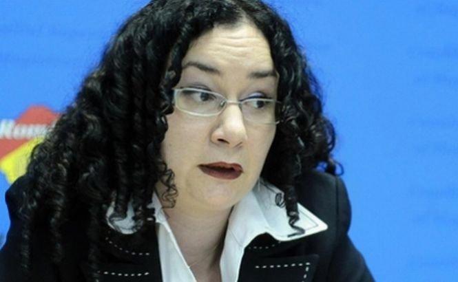 Şefa CSM, Oana Hăineală, pusă la punct de judecătoarea Mădălina Afrăsinie. Vezi aici momentul
