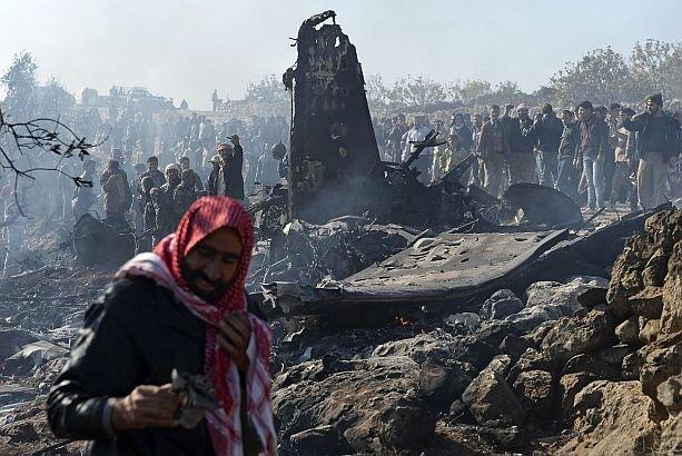 """Două avioane încărcate cu ARME au ajuns în cel mai sângeros loc din lume. """"Războiul nu se va opri"""""""