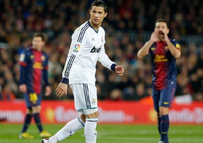 Eusebio: Cristiano Ronaldo este cel mai bun fotbalist din lume, Messi vine de pe altă planetă