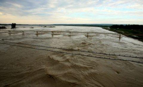 Cod Portocaliu de inundaţii pe mai multe râuri din sud-vestul ţării