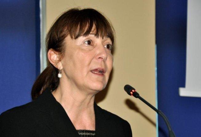 Monica Macovei: Cei care votează pentru mine sunt inteligenţi şi liberi şi deştepţi să voteze cu cine vor ei în turul doi