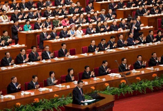 """Noul preşedinte chinez îndeamnă la """"o mare renaştere a naţiunii"""""""