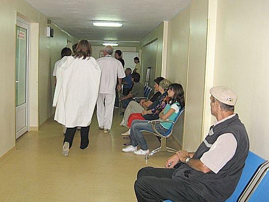 Telenovelă cu final dramatic, în spitalul din Medgidia. Protagonişti: două familii de romi