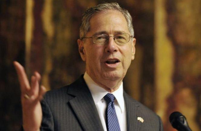 Mark Gitenstein, fostul ambasador al SUA la Bucureşti, candidează pentru şefia Fondului Proprietatea