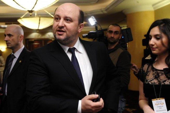 Ministrul Finanţelor anunţă reducerea numărului de personal în aparatul central: S-ar putea să fie şi concedieri