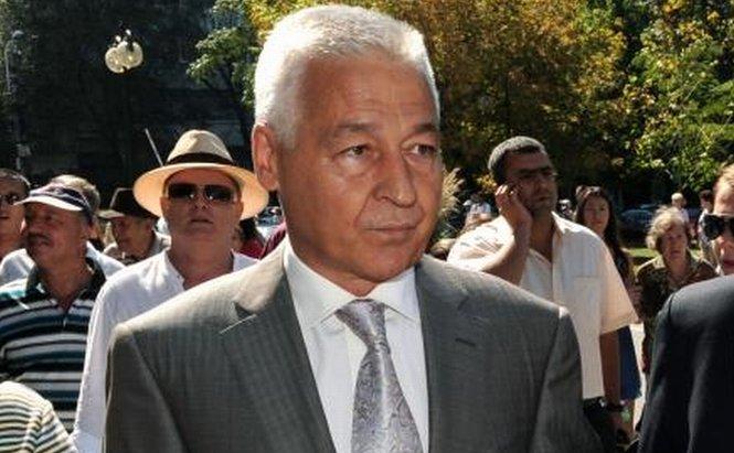 Cuscrul lui Băsescu, Gheorghe Ionescu, vrea un nou mandat la OMV Petrom, deşi Guvernul nu îl susţine