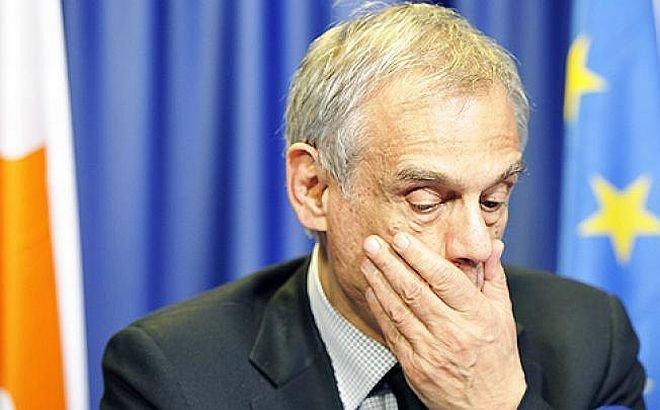 Demisie răsunătoare în Cipru, după scandalul crizei bancare. Preşedintele ţării a aprobat asta
