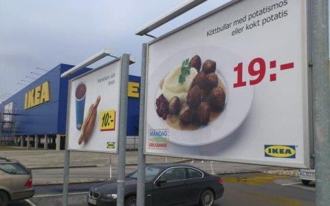 IKEA reia miercuri vânzarea de chifteluţe în restaurantul magazinului din Bucureşti