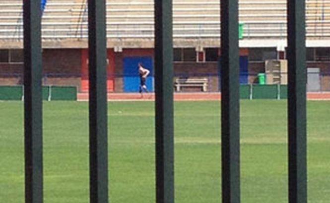 A revenit pe pistă: Un ziar sud-african a publicat o fotografie cu Oscar Pistorius în timp ce se antrena