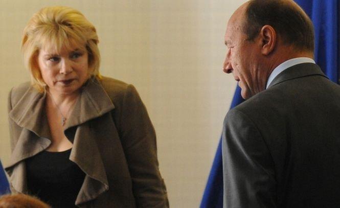 Scrisoarea lui Băsescu către Pivniceru, în care îi spune că va respinge procurorii rezultaţi din concurs