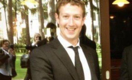 Zuckerberg a prezentat interfaţa Facebook Home, destinată smartphone-urilor cu sistem Android