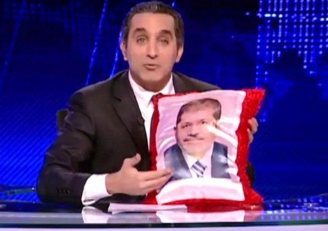 Youssef nu se dezminte: Umoristul egiptean i-a ridiculizat din nou pe Morsi şi pe islamişti