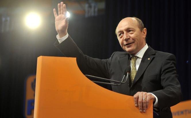 """Băsescu s-a sucit în privinţa lui """"Cazancioc, ăla"""". Dacă în 2012 îl ironiza, azi îl vrea ministrul Justiţiei"""