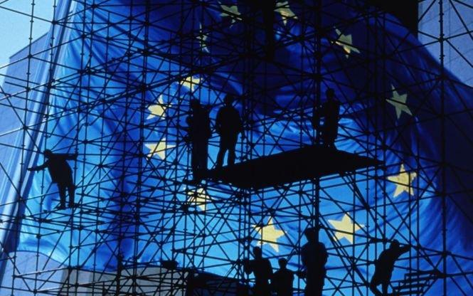 UE vrea să cureţe instituţiile de credit. Oficialii europeni propun teste mai dure pentru bănci