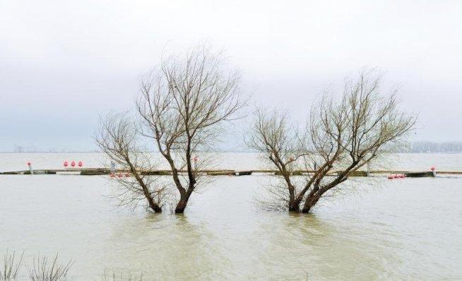 Codul portocaliu de inundaţii a fost ridicat de pe râul Crasna dar se menţine pe Dunăre