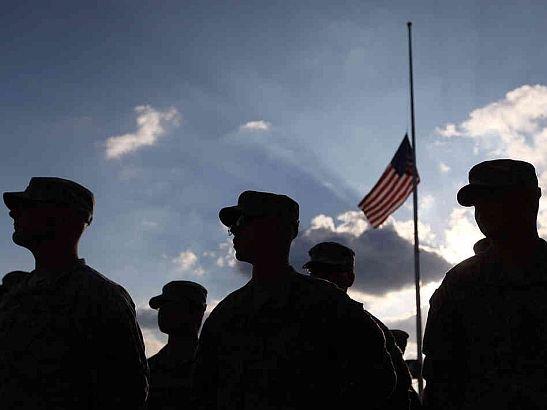 """Scandal uriaş pornit de Armata americană: """"Catolicii şi creştinii evanghelici sunt EXTREMIŞTI ca şi Al Qaeda şi KKK"""""""