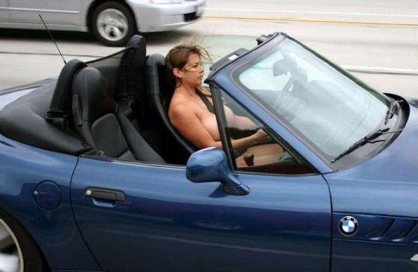 Poza asta a fost făcută de POLIŢIŞTI. În loc să se uite la drum, şoferii se holbau la ea
