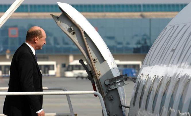 Administraţia prezidenţială a reziliat oficial contractul cu TAROM. Ce aeronavă va utiliza Băsescu în deplasările externe