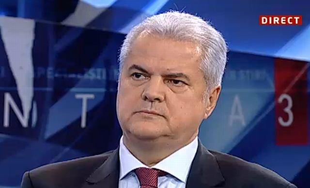 Adrian Năstase: Cel mai greu a fost să privesc din afară maturizarea copiilor mei