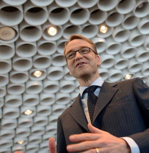 Şeful Bundesbank: Europa ar putea avea nevoie de 10 ani pentru a depăşi criza datoriilor