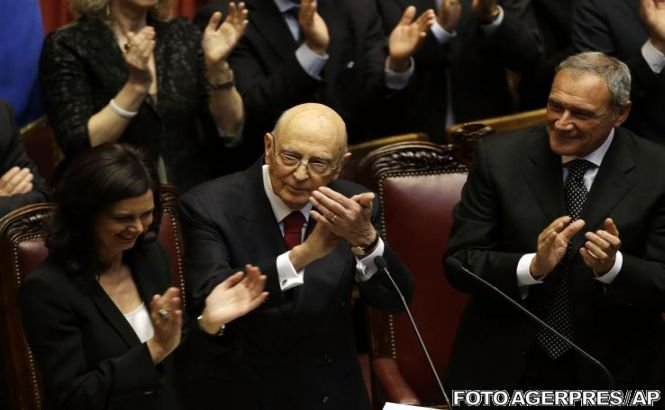 Preşedintele italian Giorgio Napolitano a depus jurământul în faţa Parlamentului şi a criticat forţele politice din Italia