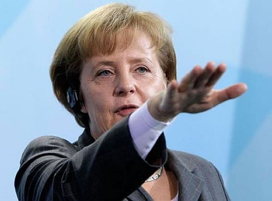 """Reacţia lui Merkel la acuzaţiile care i-au fost aduse: """"Suntem cea mai mare ECONOMIE din Europa"""""""