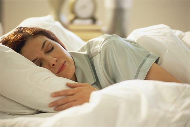 """Ce se întâmplă în creierul tău dacă te trezeşti de mai multe ori pe noapte. """"Vei fi afectat pe viaţă"""""""